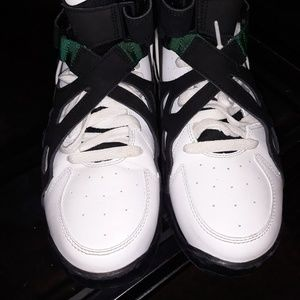 Nike air unlimited size 6.5
